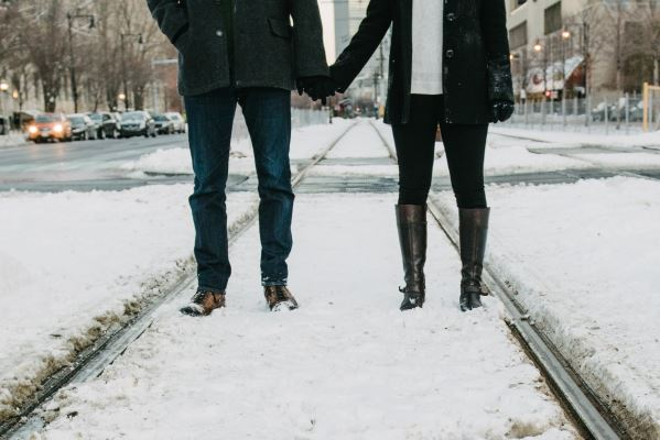 Photo of 5 Date Night Ideas During the Winter
